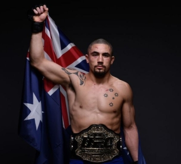 Robert Whittaker (left) (Photo by Mike Roach/Zuffa LLC/Zuffa LLC via Getty Images)