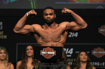 Tyron Woodley (left)